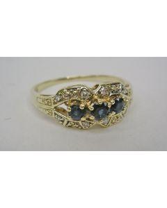 Gouden ring met saffieren en briljantjes