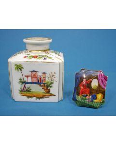 Porseleinen theedoos met Chinoiserie, 19e eeuw