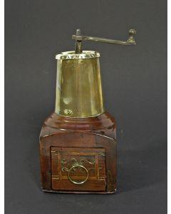 Koffiemolen, 18e  eeuw