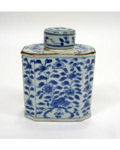 Chinese porseleinen theebus, Kangxi periode