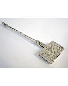 Zilveren miniatuur wafelijzer, 18e eeuw