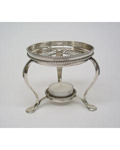 Zilveren theekomfoor, parelrand, 1911