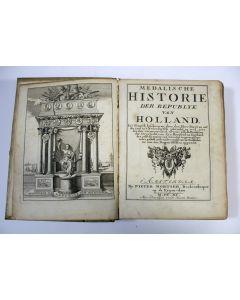 BIZOT, P. Medalische historie der Republyk van Holland [1690]