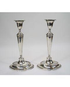 Zilveren kandelaars, Jan Buijsen, Amsterdam 1807
