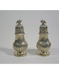 Stel zilveren strooibussen, 18e/19e eeuw