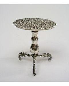 Miniatuur zilveren klaptafeltje, 18e eeuw