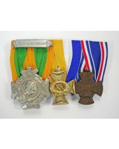 Spang van drie onderscheidingen van een officier, ca. 1910-1930